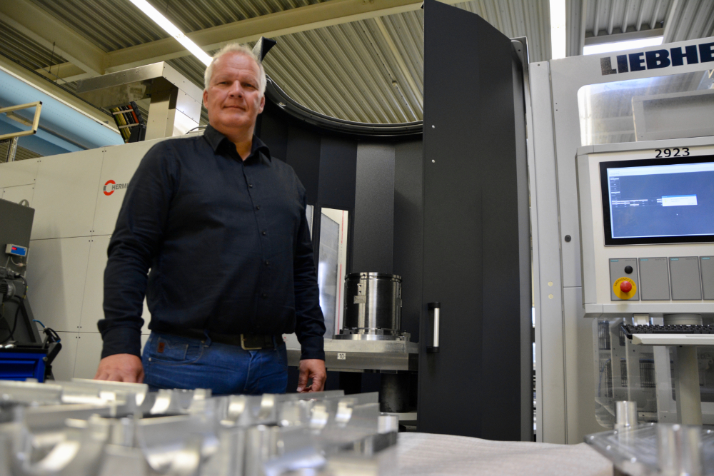 Marc Smits is manager operations bij VDL GL Precision uit Eindhoven
